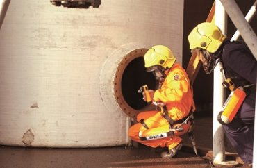 Confined Space Series: When Do I Need a Standby Rescue Team?
